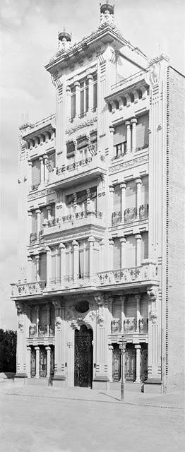 Gran Vía Marqués del Turia 70, Casa Barona Noviembre de 1915